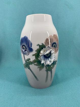 Nr: 286/5243 - Vase med blomster Bing og Grøndahl - B&G