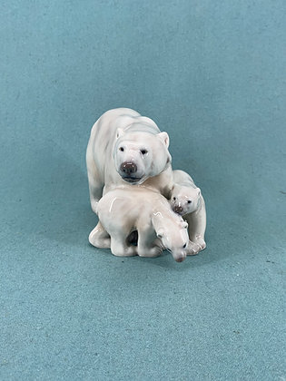 Nr: 1068 - Isbjørn med unger Dahl Jensen