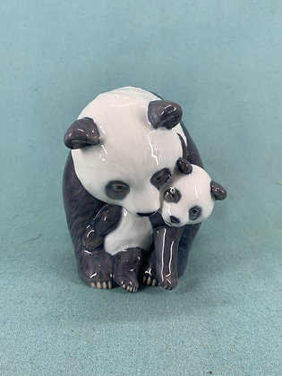 Nr: 666 - Panda med unge Royal Copenhagen RC
