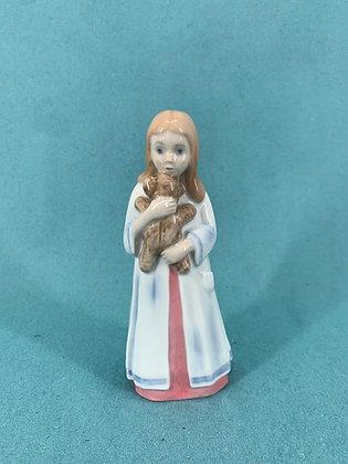Nr: 2571 - Pige med bamse Bing og Grøndahl B&G