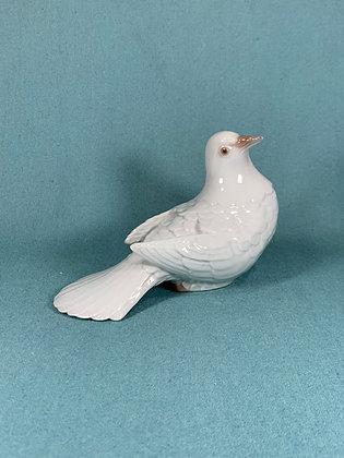Nr: 2540 - Fugl Due med sænket hale Bing og Grøndahl B&G