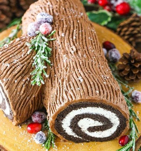 Yule-Log-Cake-Collage_edited_edited.jpg