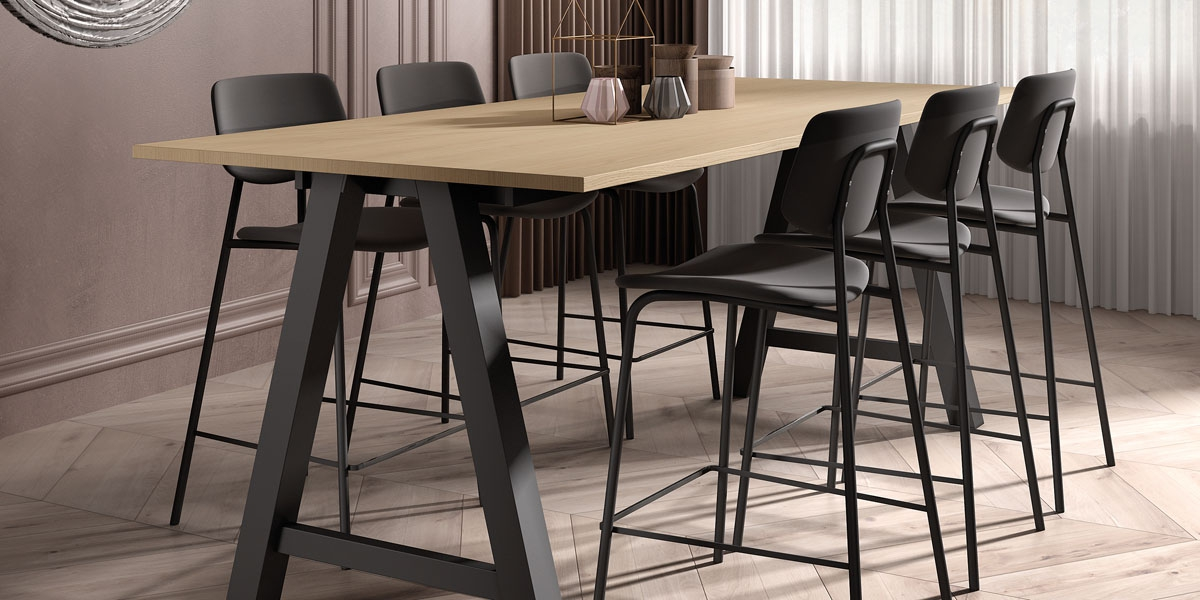 Table ALEGRO / tabourets BARLAGO