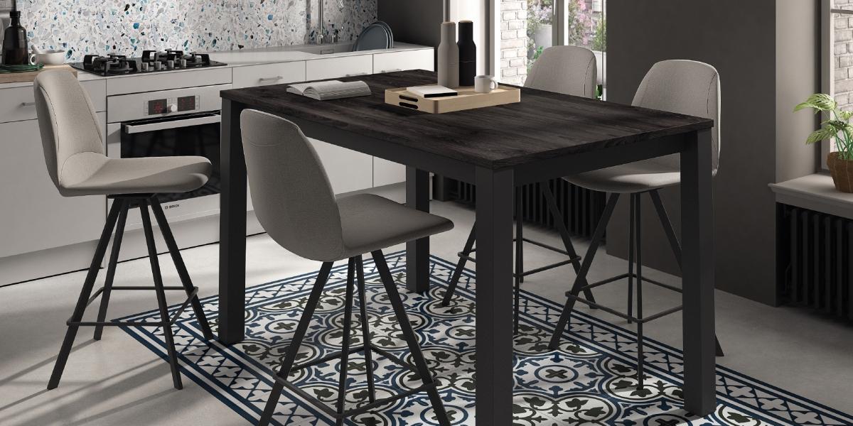 Table VERONA / chaises BARGIRONA