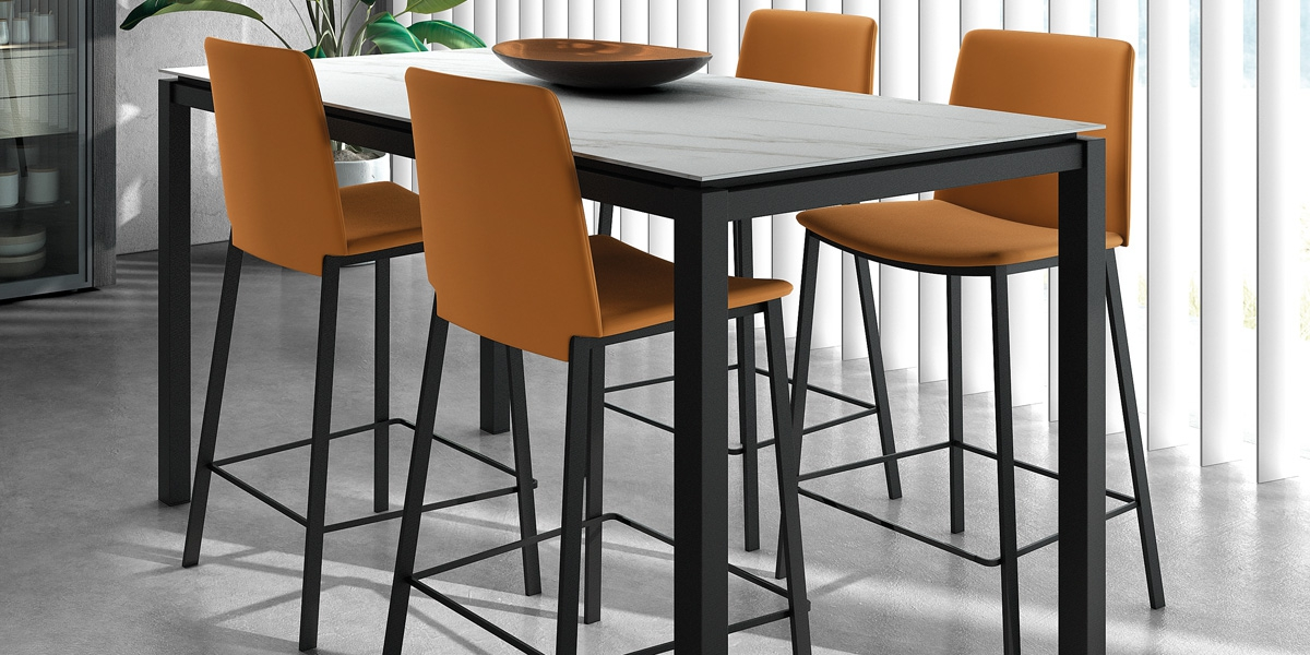 Table VICENZA / tabourets BARPRIMERA