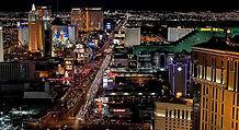 ラスベガス発オプショナルツアー ヘリコプター遊覧飛行、ストリップ夜景&フリーモントストリートエクスペリエンス