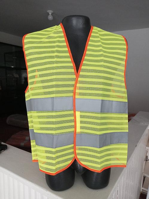 Chaleco fabricado en polyester en colores fosforescentes reflectivo
