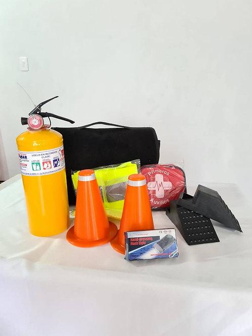 Kit de carretera completo en maletín tela alfombra con botiquín 12 elementos
