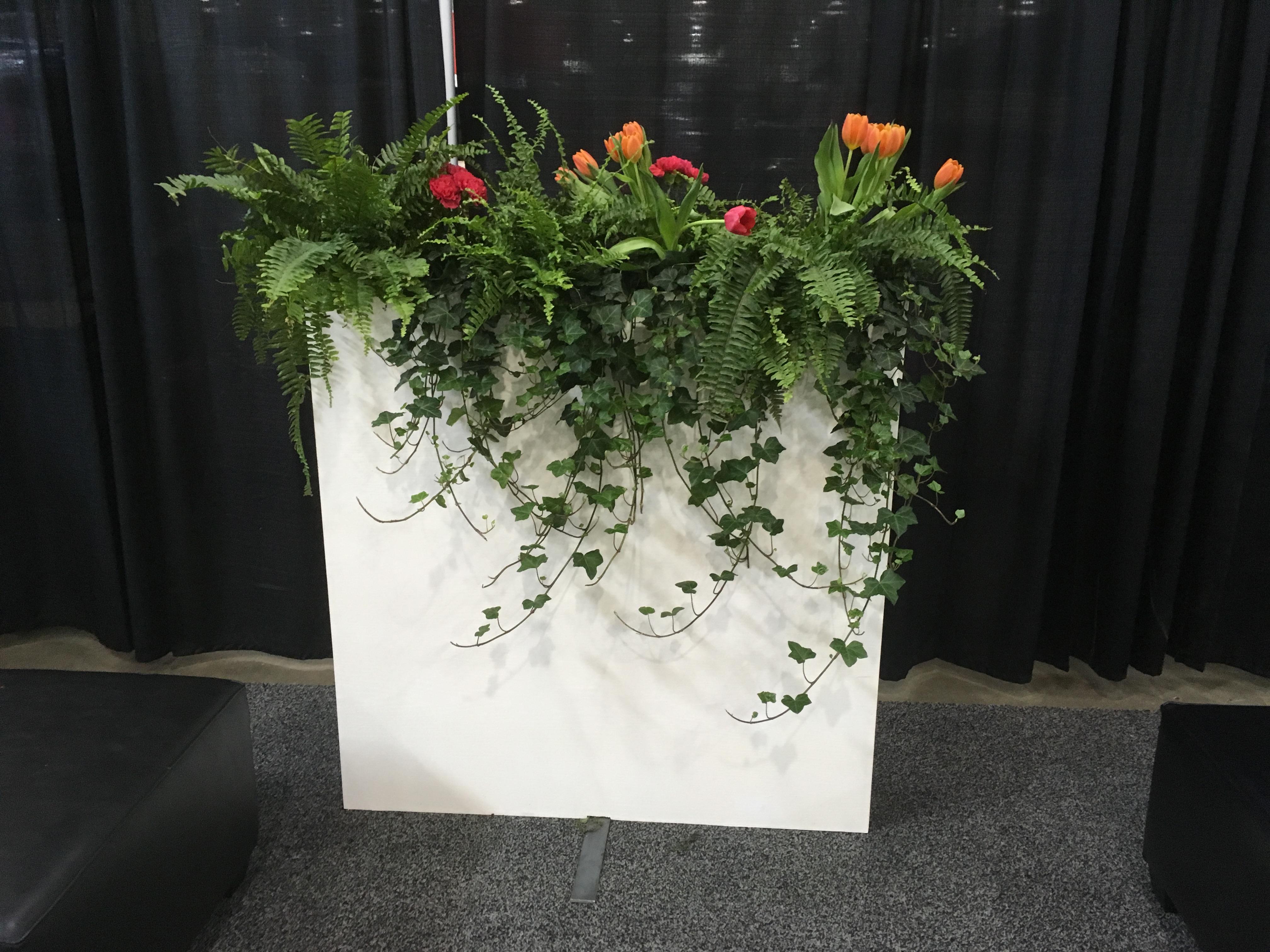 15.Planter Walls