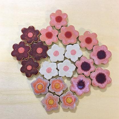 סט 20 פרחים בצבעי ורוד, סגול, ולבן