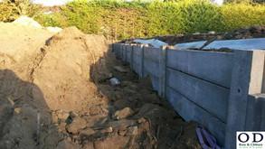 Clôture avec mur de soutènement :