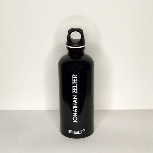 "SIGG Trinkflasche Traveller 0,6L ""Jonathan Zelter"""