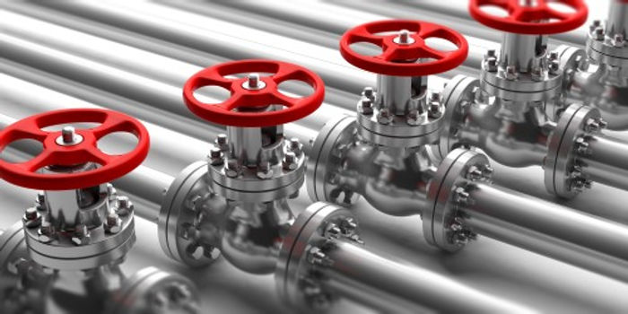 industrial-pipelines-and-valves-close-up