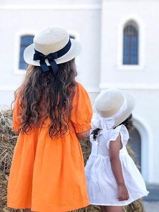 כובע קש טבעי -עם שתי סרטים שחור פפיון ושמנת תחרה