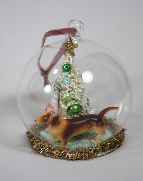 Dachshund Globe Ornament
