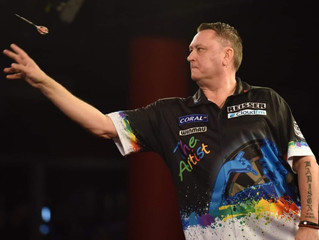 Kevin Painter brushes past top opposition on his way to lifting the 2019 Porters Plymouth Open darts