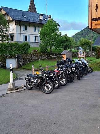 photos motos pour site.jpg