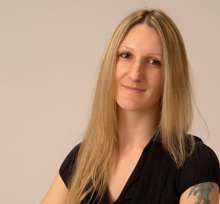 Antje Müller: Fotografin für Babybauch, Neugeborene