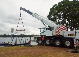65T Tadano pontoon lift - Port Macquarie