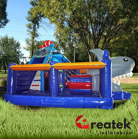 inflatable castles with slides (8).jpg