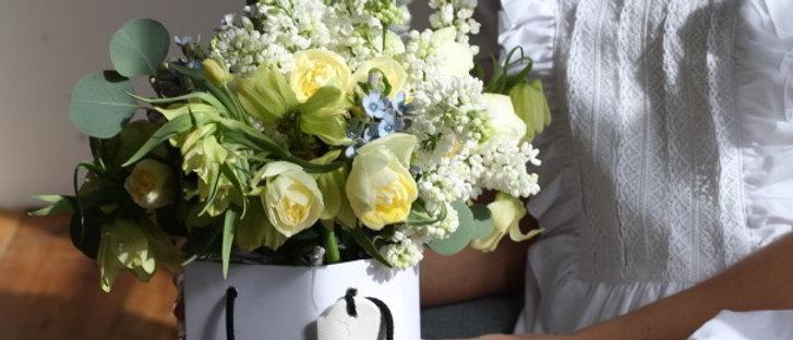 Сирень и Эвкалипт в фирменном пакете la tulipe