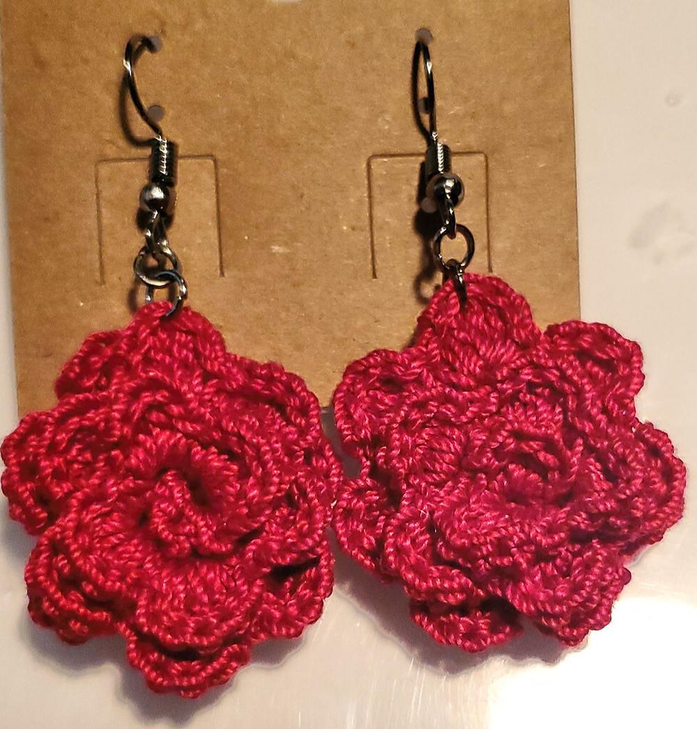 Rose dangle earrings. Red color.