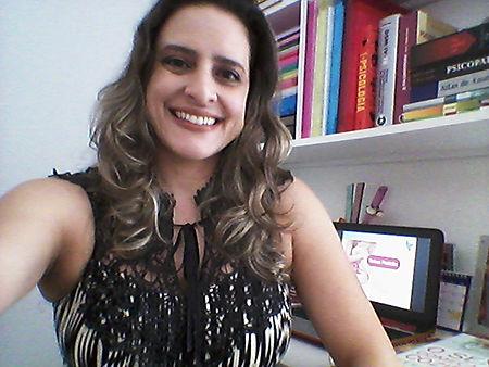 Psicóloga Cristiane Corrêa de Vasconcelos