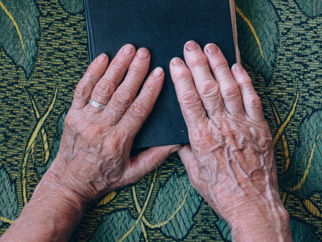 Heart To Heart: Connecting with People Living With Dementia