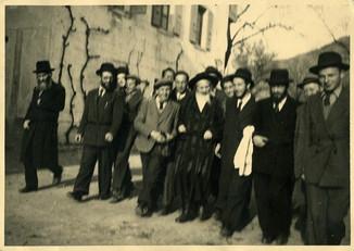 לכבוד יום ההצלה של העם היהודי החל מידי שנה ביום כא בכסלו - ב