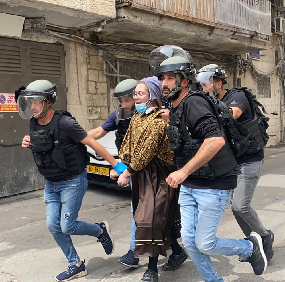 משטרת ישראל במבצע נועז לעצור חשוד, שחמק מהם כבר כמה פעמים על ידי כך שהתחפש לאשה