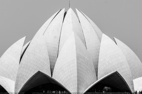 Lotus Temple, Delhi / India · 2015