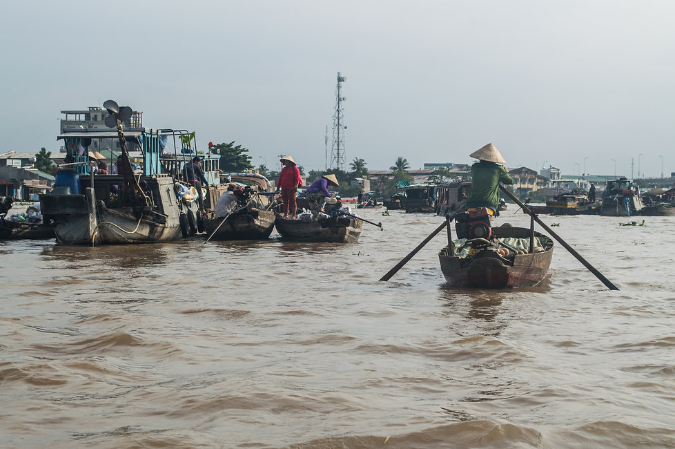 Floating market in the Mekong Delta, Can Tho, Vietnam