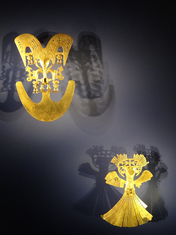 gold artefacts at the Gold Museum, Museo del Oro in Bogotá, Colombia