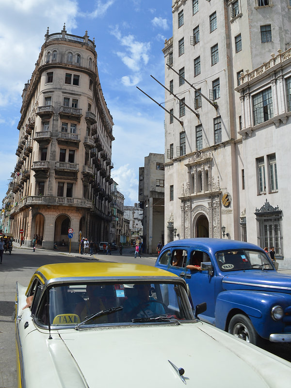 Shared cabs in Havana, Cuba