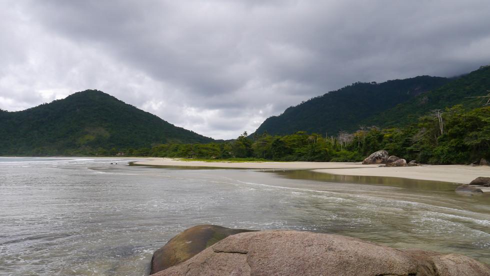Praia Dois Rios, Ilha Grande / Brazil · 2014