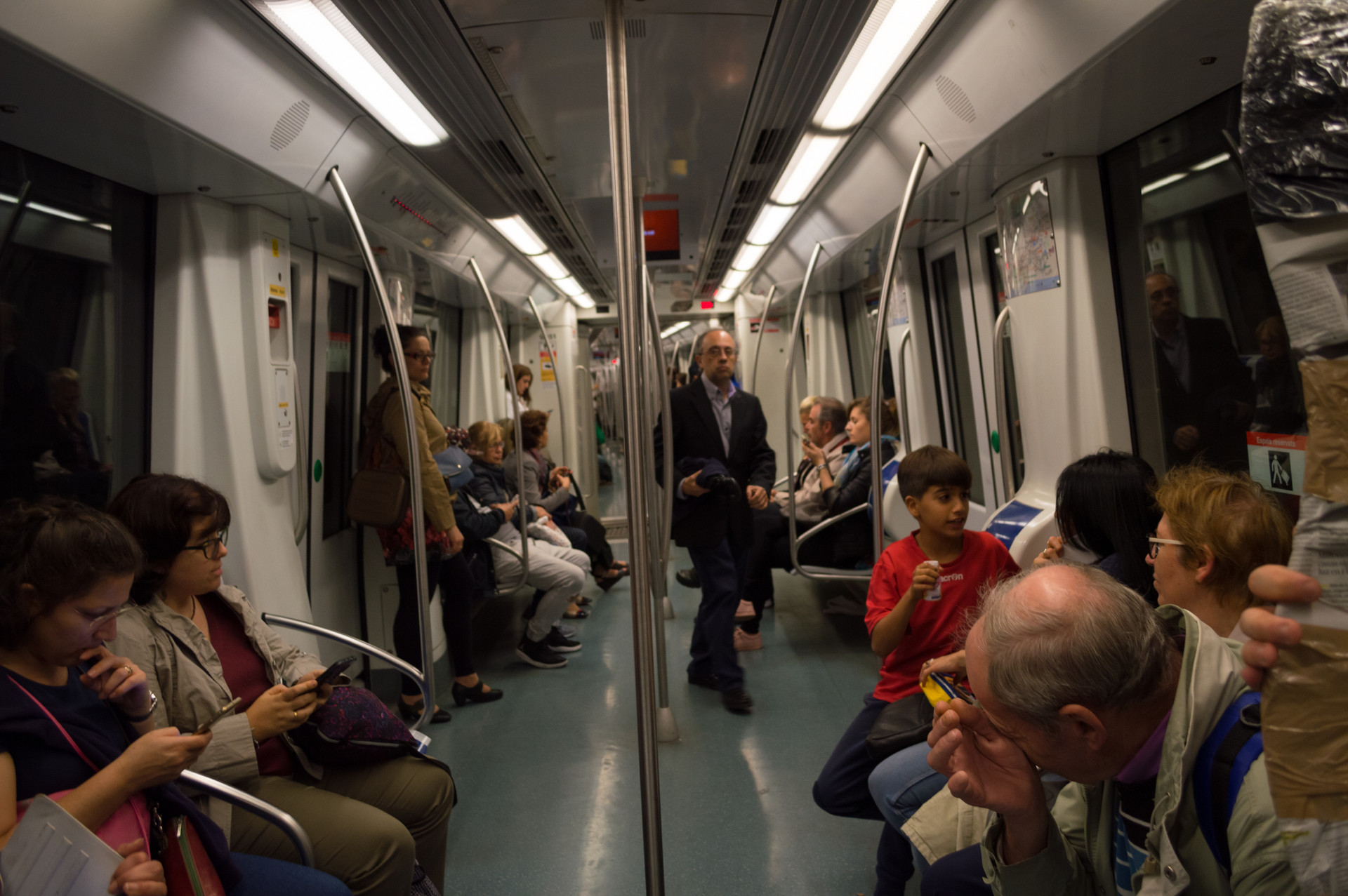 subway, Barcelona / Spain · October 30, 2017