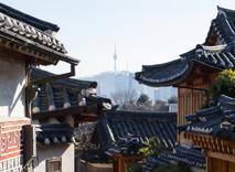 Bukchon Hanok Village, Seoul / South Korea · 2016