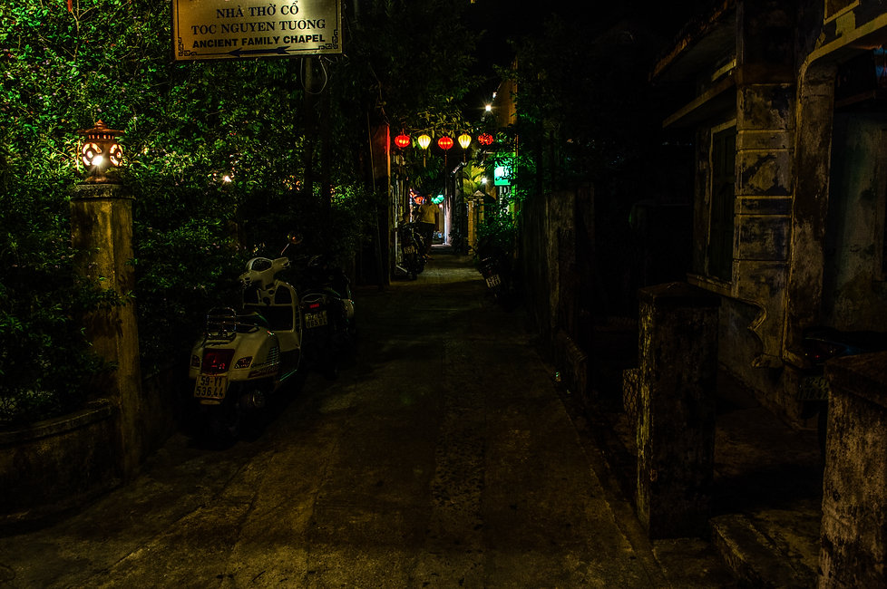 Back-alley in Hoi An, Vietnam