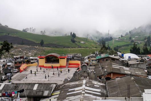 Salinas de Guaranda / Ecuador · 2012