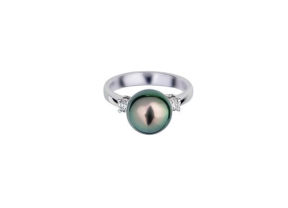 Vaipoe Pearl Ring