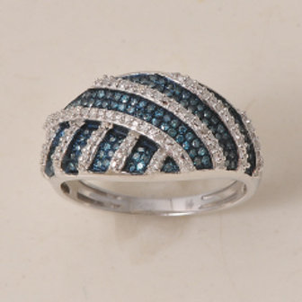 BLUE & WHITE DIAMOND FASHION RING