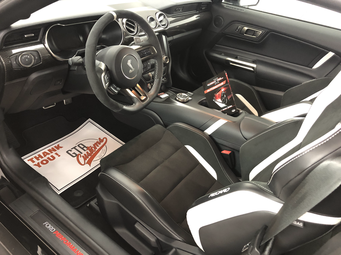 Shelby GT500 auto detailing interior