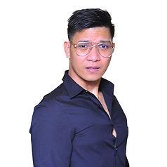Alvin headshot.jpg