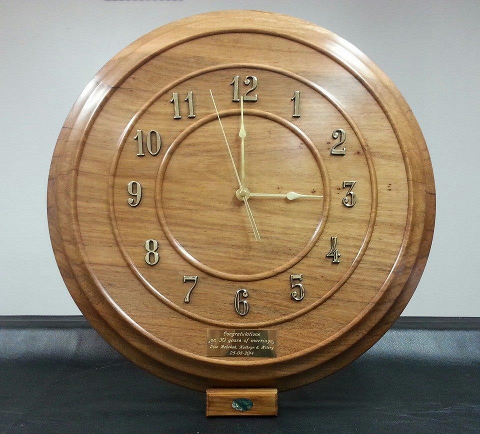 Pohutukawa Clock
