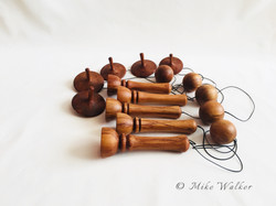 Rimu Ball n Cups & Spinning Tops