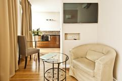 Triton Park Apartments (5).jpg