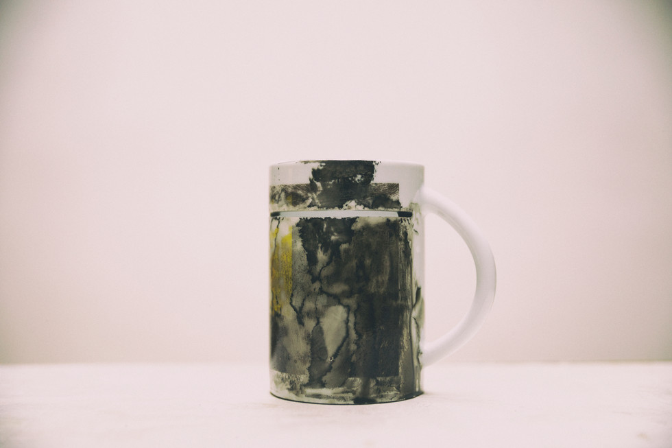 Left-handed cup