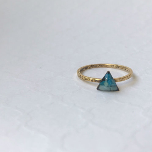 SZ 8 Blue Triangle Mindfully Mined Micro Plastic Stacking Ring in Gold