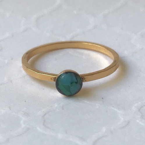 SZ 7 Caribbean Green Round Gold Mindfully Mined Micro Plastic Stacking Ring