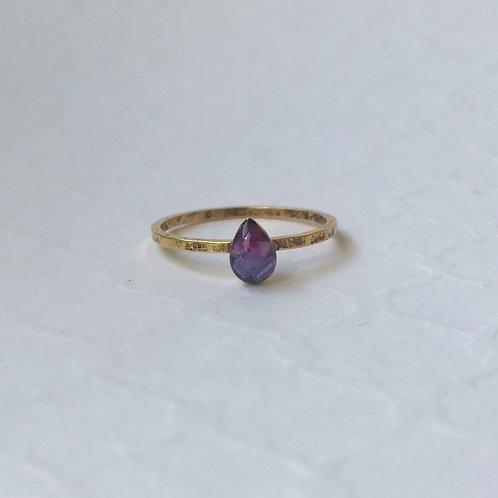 SZ 8 Purple Teardrop Mindfully Mined Micro Plastic Stacking Ring in Gold